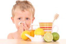 Почему появляются густые сопли у ребенка и как их лечить